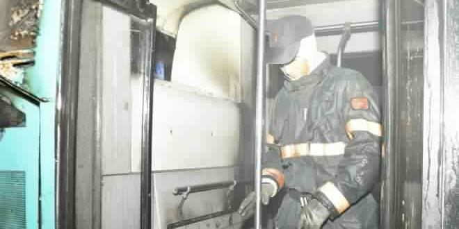 الدار البيضاء : بالصور.. حريق يلتهم حافلة مدينة بيس بالحي المحمدي