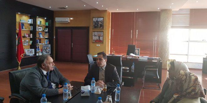<h>   بني ملال : إبراهيم مجاهد يستعرض مؤهلات جهة بني ملال – خيفرة  أمام مجموعة استثمارية فرنسية<h/>