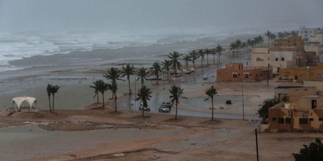 """<h1>    إعصار """"مكونو"""" يقترب من السعودية بعد سلطنة عمان وسقطرى اليمنية  <h1/>"""