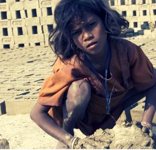 <h1>  الدليل الأول لتغطية الاتجار بالبشر والعمالة القسرية والهجرة في دول مجلس التعاون الخليجي   <h1/>