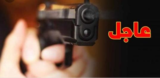<h1>        بني ملال :ضابط أمن بالهيئة الحضرية بولاية أمن بني ملال يضطر لإشهار سلاحه الوظيفي، دون أن يلجأ لاستخدامه.    <h1/>