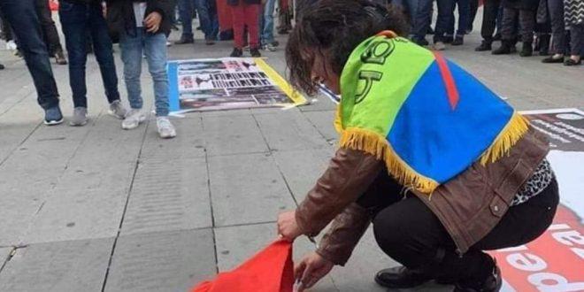 <h1>   حرق العلم الوطني أثناء مسيرة احمد الزفزافي تخلف موجة غضب عارمة    <h1/>