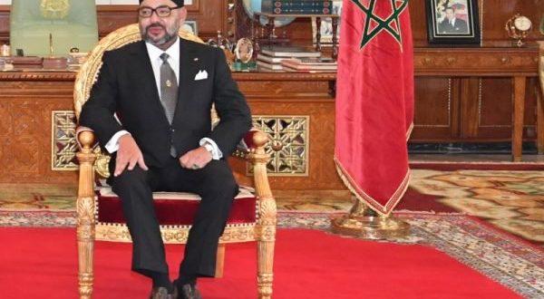 <h1>   الملك يوشح موظفي وأطر وزارة التربية الوطنية بـ 600 وسام.     <h1/>